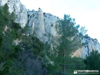 Alto Mijares -Castellón; Puente Reyes; membranas impermeables refugio bujaruelo grupos para salir e